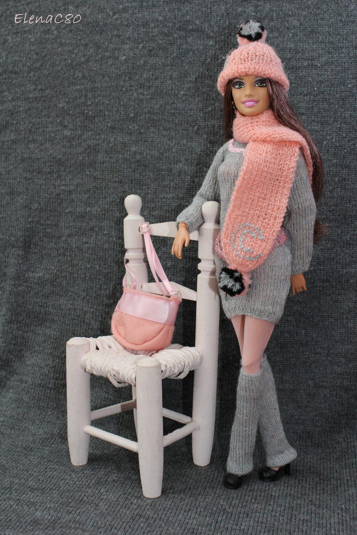 Creazioni per Barbie 8 – Completino invernale grigio e rosa