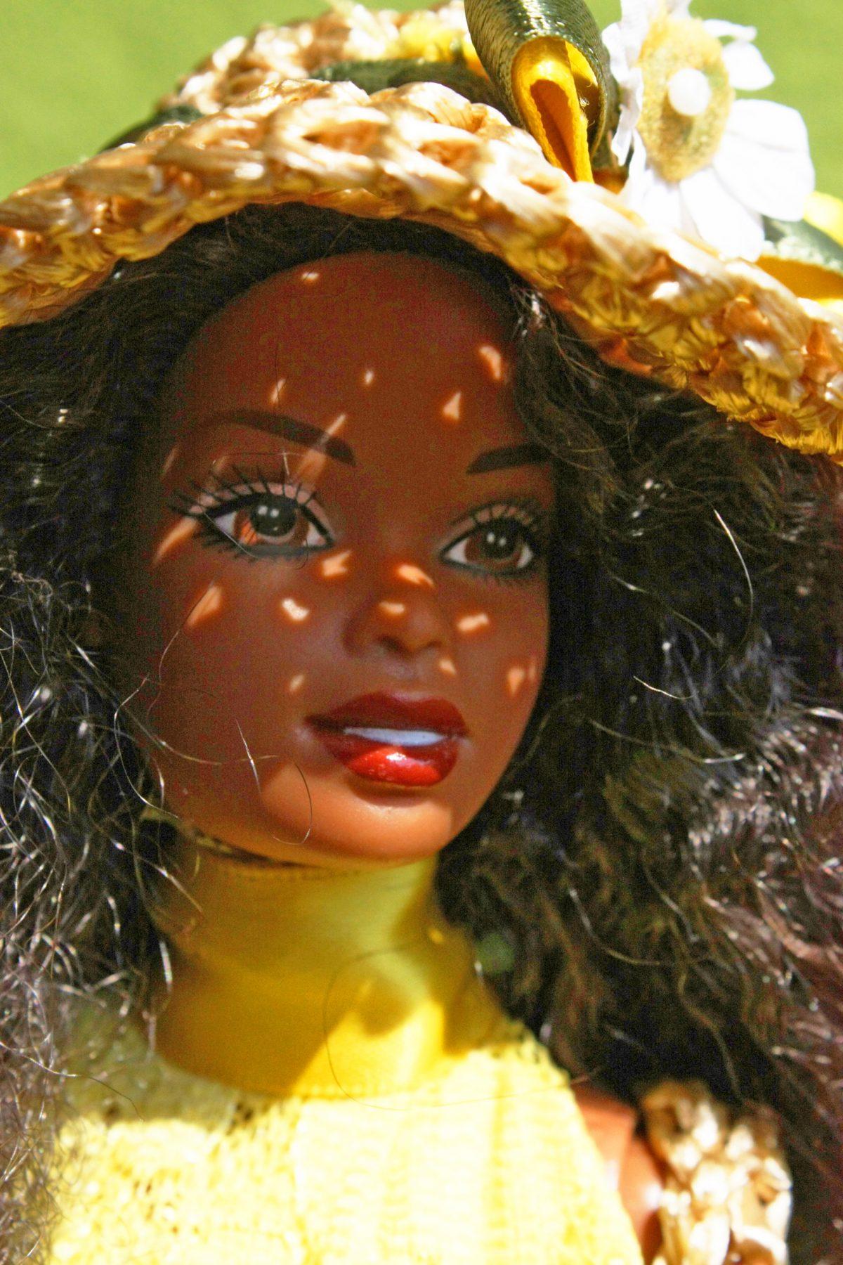 Creazioni per Barbie – Accessori 01: Borsa e cappello di paglia, primo tentativo